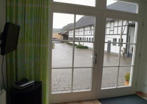 fewo_panoramablick_hof_henders028.png